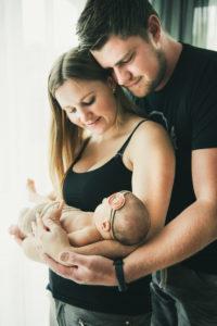 Familie Pforzheim Baby Newbornshooting Maedchen
